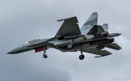 """Nga để lộ hình ảnh Su-35 sắp cung cấp cho khách hàng đặc biệt: Ba """"ông lớn"""" bất ngờ căng não"""