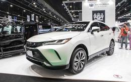 """Ô tô Toyota """"cháy"""" hàng vì lượng mua gấp 15 lần dự tính có giá bao nhiêu?"""