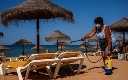Vì sao nhiều quốc gia vẫn sợ làm vỡ 'bong bóng du lịch'?