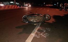 Dừng chờ sang đường để về nhà, hai mẹ con bị xe ô tô tông từ phía sau tử vong
