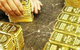 Vàng lần đầu tiên trong lịch sử cán mốc 2.000 USD/ounce