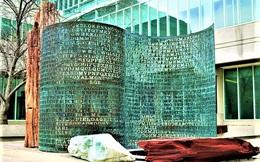Bí ẩn nổi tiếng trên tác phẩm điêu khắc tại Đại bản doanh CIA