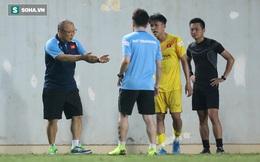 Sao trẻ HAGL bị thầy Park chỉnh lại cách đi bóng sau trận đấu nội bộ của U22 Việt Nam