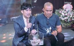 """Quang Hà: """"Em hát để xin tiền đấy ạ! Các anh chị có tiền không, cho em đi"""""""