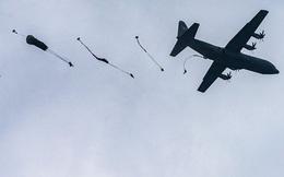 Nhiều lính Mỹ mắc kẹt trên cây do sự cố nhảy dù tại Đức