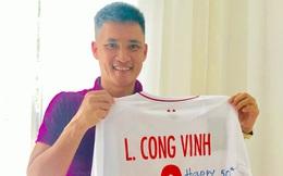 """Hai huyền thoại Việt Nam tặng quà """"Vua bóng đá"""" thế giới nhân dịp đặc biệt"""