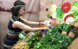 Na 'siêu to khổng lồ', cà rốt ngón tay… 'đổ bộ' Sài Gòn