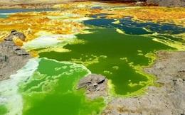 Nơi trên Trái Đất có nước nhưng không tồn tại sự sống