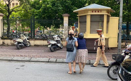 CSGT nói gì về thông tin chạy ra giữa đường kéo ngã 2 người phụ nữ đi xe máy?