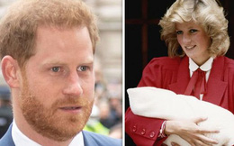 Ngay khi hạ sinh Hoàng tử Harry, Công nương Diana đã nhận ra cuộc hôn nhân toàn bi kịch của mình sẽ tan vỡ không sớm thì muộn?