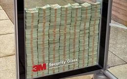 """Đập vỡ tủ kính lấy 70 tỷ """"tiền tươi"""": Chiến dịch quảng cáo kinh điển và những sự thật """"khó xơi"""" đầy bất ngờ"""