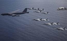 """Mỹ điều """"pháo đài bay"""" B-52 """"thị uy"""" trên Biển Đông"""