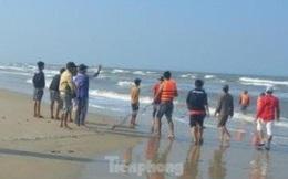 Một học sinh lớp 11 tử vong khi tắm ở bãi biển Quất Lâm, Nam Định
