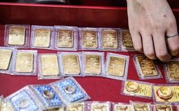 """Giá vàng cắm đầu lao dốc, """"bốc hơi"""" hơn 7,5 triệu đồng/lượng sau 3 ngày"""