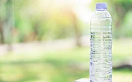 Nước đun sôi không sạch bằng nước phơi nắng?