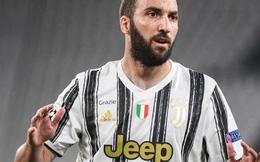 Vừa ra mắt, tân HLV Juventus Andrea Pirlo đã đẩy 7 cầu thủ ra đường