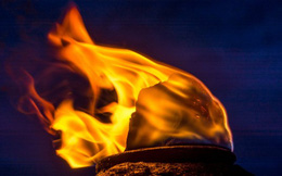 Con người biết dùng lửa khi nào?