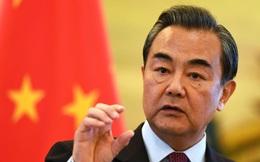 """Bất ngờ thăm Tây Tạng, ông Vương Nghị phát cảnh báo tới Ấn Độ - ông Modi lập tức đáp trả """"rắn"""""""