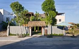 Ngôi nhà mái cỏ trong thành phố Hội An có gì mà được báo Mỹ hết lời khen?
