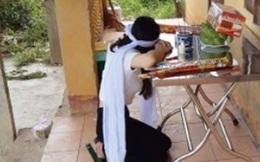 Trở về chịu tang mẹ, cô gái nén đau thương tự nguyện vào khu cách ly