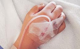 """Bức """"huyết thư"""" dậy sóng của bệnh nhân ung thư 27 tuổi: Chỉ khi có bệnh mới biết bệnh tật đáng sợ thế nào!"""