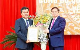 Bộ Chính trị chuẩn y tân Bí thư Tỉnh ủy