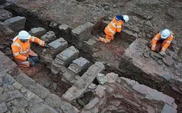 """""""Xẻ"""" đường, nhóm công nhân lọt vào 2 """"thế giới ma"""" mất tích 7.000 năm trước"""