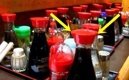 MC show điểm tâm Úc khiến không ít dân mạng tự thấy lạc hậu với lời giải thích về 2 chiếc lỗ trên nắp chai nước tương