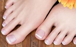 """Bàn chân giống như """"đồng hồ sức khoẻ"""", 3 dấu hiệu này trên bàn chân cho biết rất có thể gan của bạn đang gặp vấn đề"""
