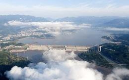 Trung Quốc gấp rút đối phó đỉnh lũ siêu lớn trên sông Trường Giang