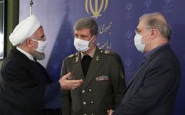 Bất chấp đe dọa của Mỹ, Iran tiết lộ tên lửa mới tầm bắn hơn 1.000 km