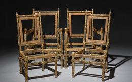Tại sao bốn chiếc ghế không chỗ ngồi, không lưng tựa này trị giá 32 tỷ đồng?