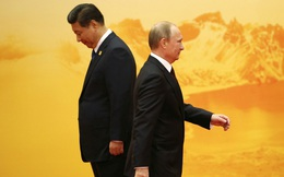 """Loạt rạn nứt với Nga khiến dân Trung Quốc """"nóng mắt"""" tố Moskva trở mặt: Tình anh em liệu có bền lâu?"""