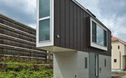 Căn nhà 2 tầng hình tam giác rộng 29m² tiện nghi, thoáng sáng bất ngờ