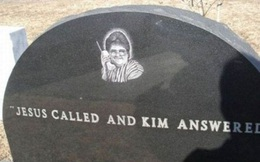 19 câu hài hước trên bia mộ của những người đã khuất nhưng độ 'lầy' thì trường tồn cùng thời gian