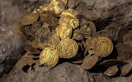 Israel: Phát hiện kho báu tiền vàng niên đại hơn 1.000 năm