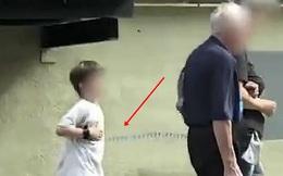 """Hình ảnh mẹ xích con trai nhỏ đi dạo khắp phố khiến MXH Nga """"dậy sóng"""", cảnh sát vào cuộc đưa ra kết quả điều tra gây sửng sốt"""