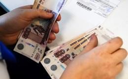 """Nga: Trong 3 năm, hơn 377 triệu rúp bị """"gửi nhầm"""" cho người đã chết - Nguyên nhân do đâu?"""