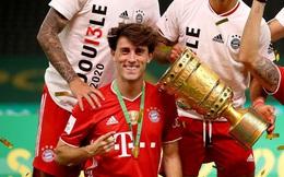 Cầu thủ đá 10 trận đoạt 5 danh hiệu đối mặt tương lai u ám