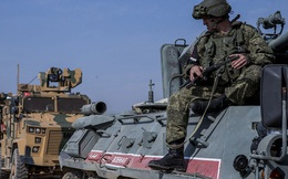 Chiến sự Syria: Lý do xe của lực lượng Nga tông thẳng vào xe quân sự Mỹ và cảnh báo đáng sợ