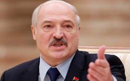 """Cảnh báo về """"chiến tranh lai"""", TT Lukashenko nói Belarus không thể trông chờ vào """"trợ giúp miễn phí"""""""