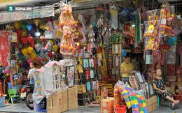 """Cảnh tượng chưa từng thấy ở """"chợ cõi âm"""" nổi tiếng Hà Nội"""