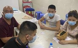 Tài xế taxi mật báo bảo vệ khiến nhóm người Trung Quốc nghi vượt biên vào VN tháo chạy tán loạn ở Sài Gòn