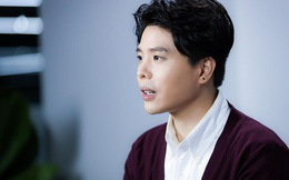 """Trịnh Thăng Bình tiết lộ chuyện """"vượt rào"""" và bị fan nam hôn môi, hôn má"""