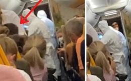 Định trốn cách ly đi chơi, hành khách bị đuổi ra khỏi máy bay chỉ 2 phút trước khi cất cánh vì nhận tin nhắn dương tính với SARS-CoV-2
