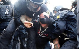 Đức, Anh biểu tình chống biện pháp ngăn Covid-19, 300 người bị bắt