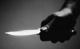 Em trai 52 tuổi cầm dao đòi giết hại chị gái, lý do khiến ai cũng phẫn nộ