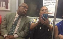 Vì sao chúng ta luôn vô thức nhìn vào màn hình điện thoại của người khác?