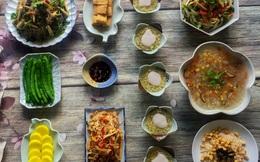 Tham khảo mâm cúng chay 10 món ngon đẹp lung linh cho ngày Rằm tháng Bảy của mẹ đảm Sài Thành