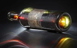 Bỏ gần 60.000 USD mua chai rượu cognac cổ nhất thế giới, hành động khác thường này của nhà sưu tập đã làm thay đổi hẳn giá trị của nó